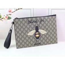 Gucci Bee Print GG Supreme Pouch 473904