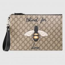 Gucci Bee Print GG Supreme Portfolio Pouch