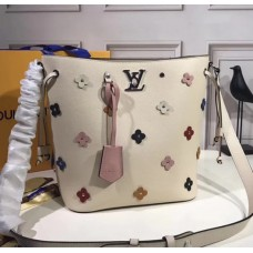 Louis Vuitton Lockme Bucket M53081