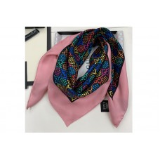 Gucci 601309 GG Psychedelic print silk scarf in Pink