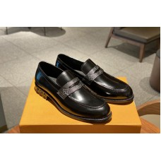 Louis Vuitton 1A4SR7 LV Major Loafer Shoe In Black calf leather